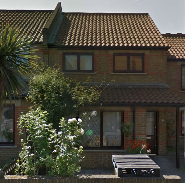 Frontal view of a property in London successfully bought by Housebuyers4u